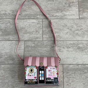 Vendula London Beauty Lounge Box Bag